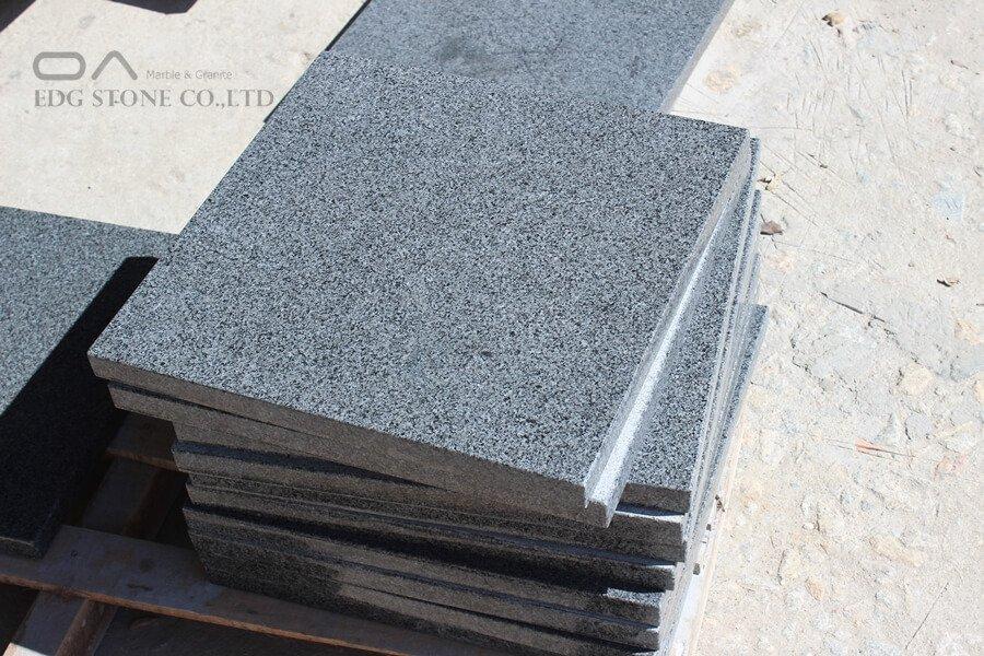 dark grey granite countertops