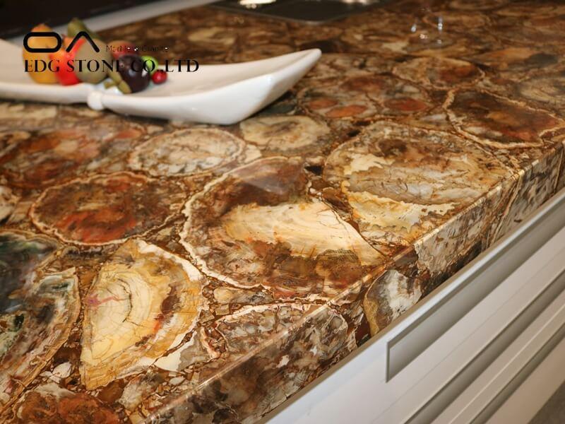 madreperola quartzite