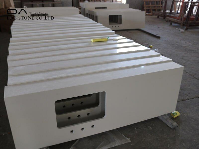 white marble quartz worktop