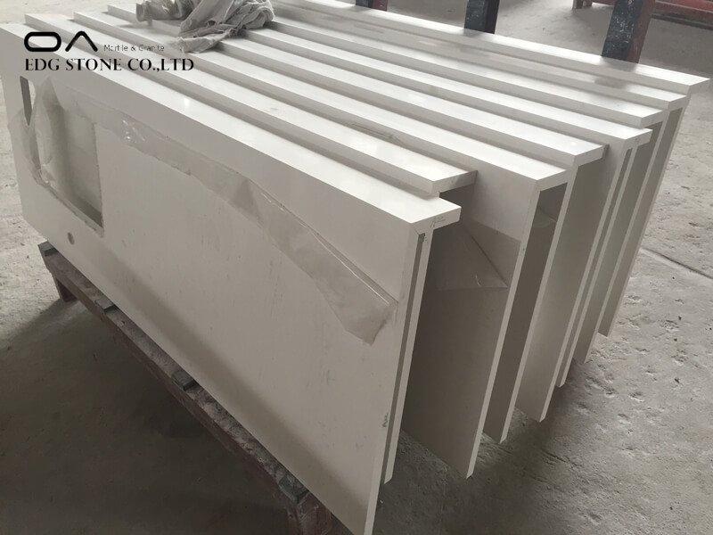 white and gray quartz countertops