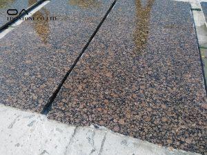 cutting granite countertops