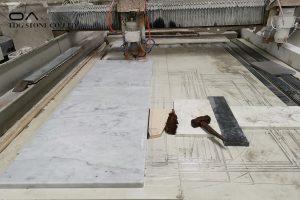 white marble worktop kitchen